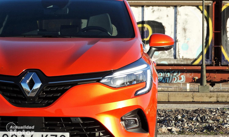 Detalle faro delantero de LED del Renault Clio Zen 2020