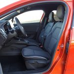 Prueba Renault Clio 2020 plazas y asientos delanteros
