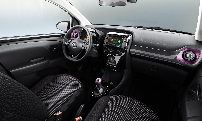 Toyota Aygo X-Style habitáculo