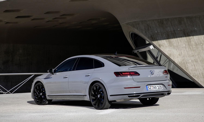 Volkswagen Arteon R-Line Edition trasera