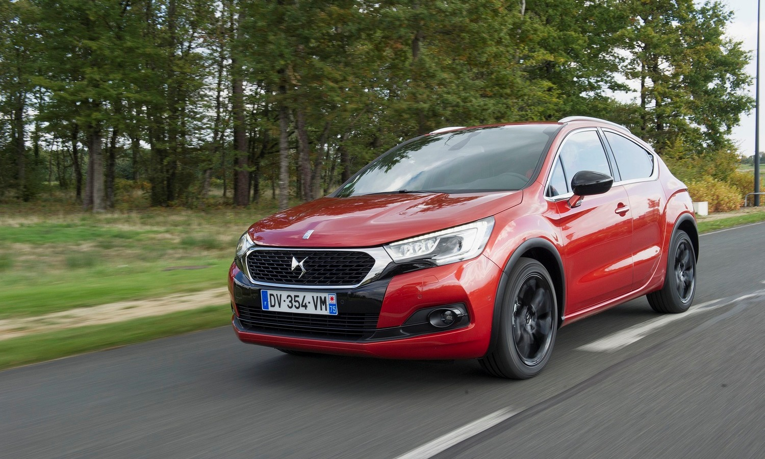 DS 4 Crossback front
