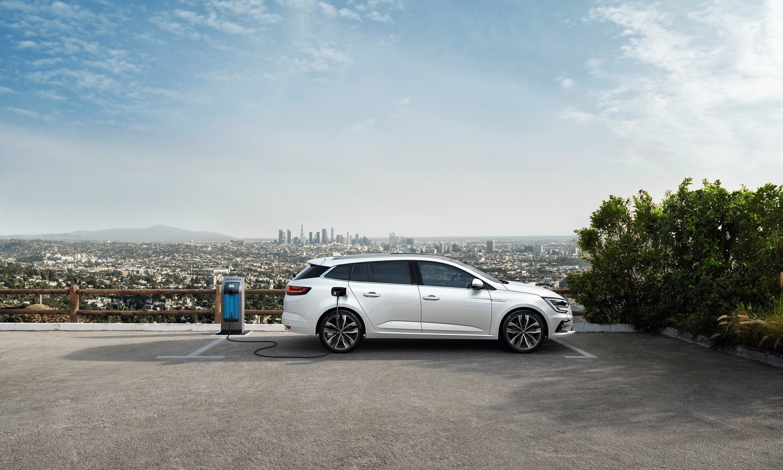 Renault Megane Estate E-Tech Plug-in 2020