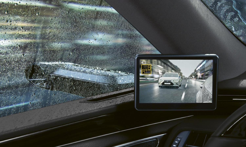 Lexus ES pantalla retrovisores digitales