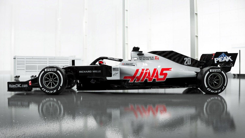 Vista lateral Haas VF20 F1 2020