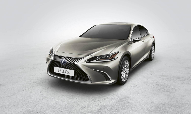 Lexus ES con retrovisores digitales