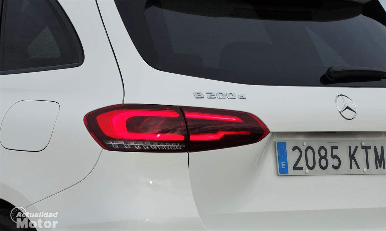 Inscripción de modelo y motorización Mercedes
