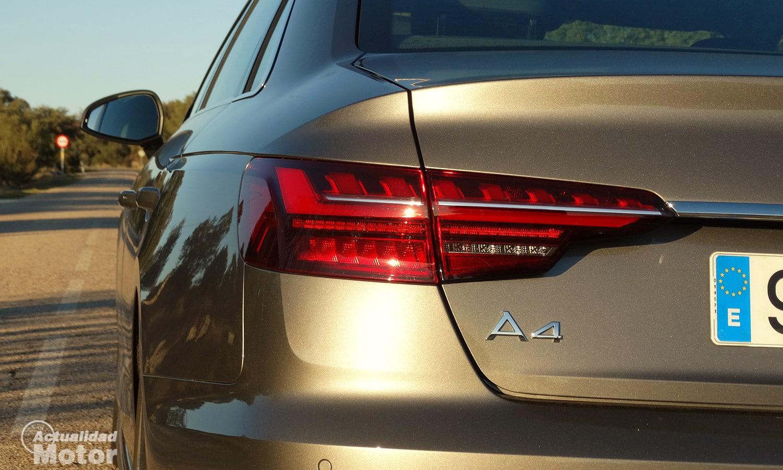 Prueba Audi A4 piloto trasero de LED