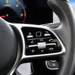 Mercedes Clase B controles volante