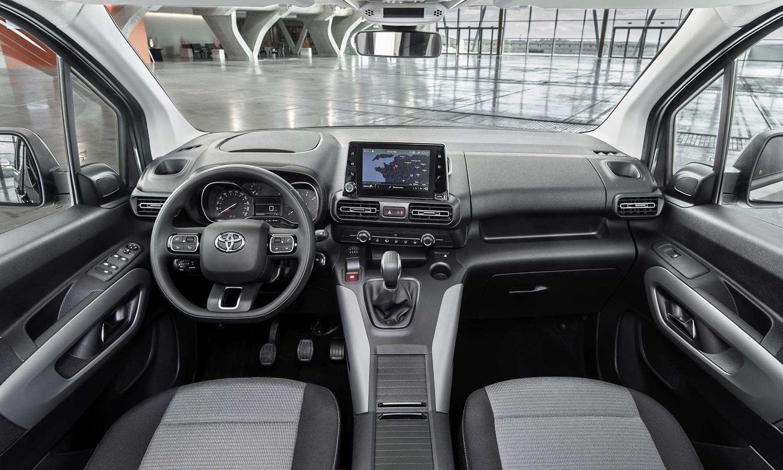 Interior del Toyota Proace City