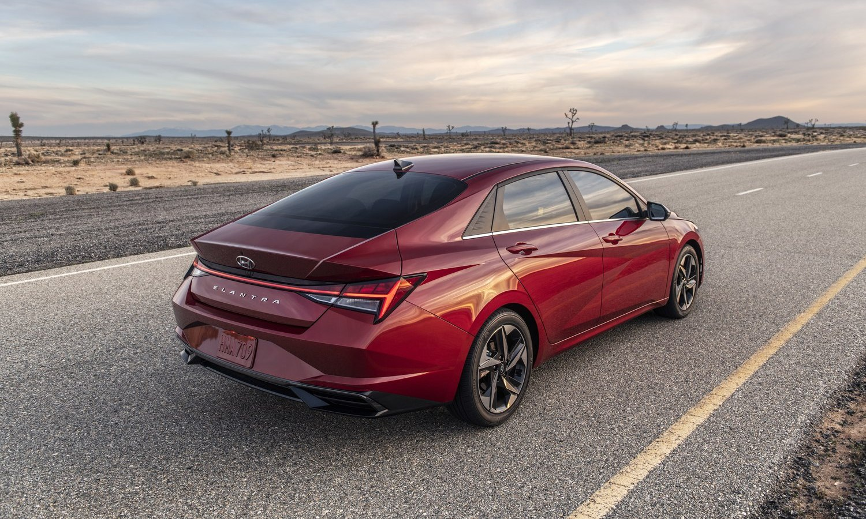 2021 Hyundai Elantra Sedan Images