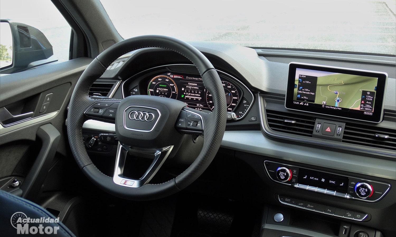 Puesto de conducción y pantalla Audi Q5 55 TFSIe
