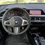 BMW Serie 2 GC 220d puesto de conducción