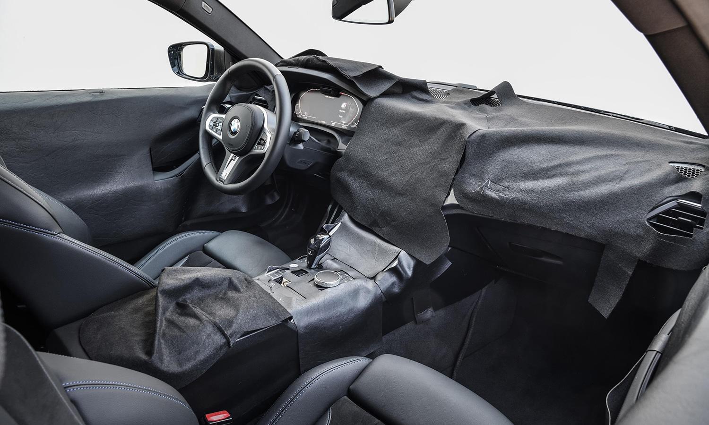 BMW Serie 4 Coupé interior camuflado