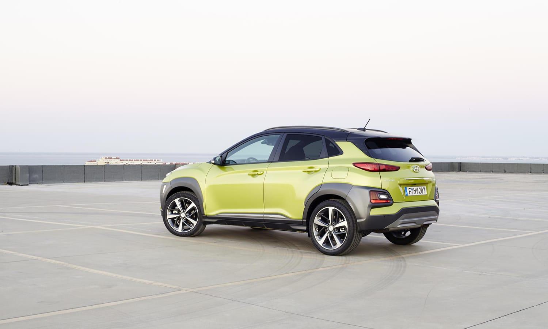 Hyundai Kona lateral trasera