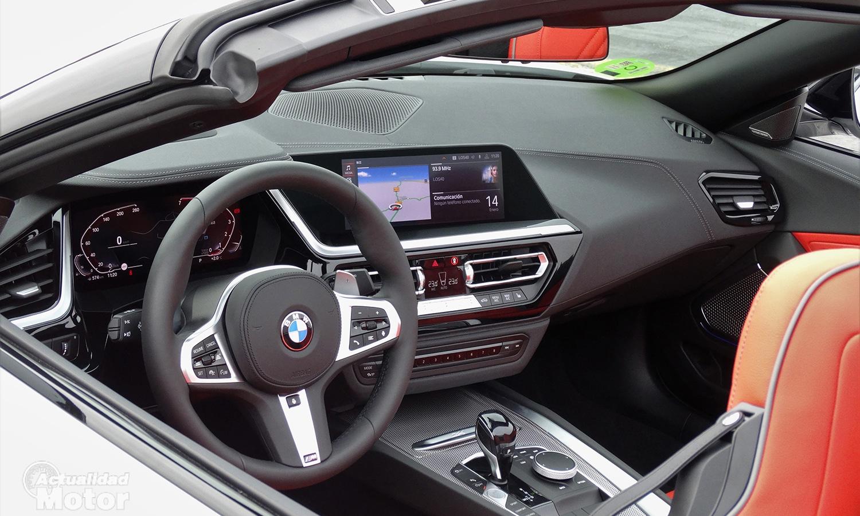 Interior BMW Z4 automático