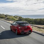 Toyota Corolla 5 puertas en carretera