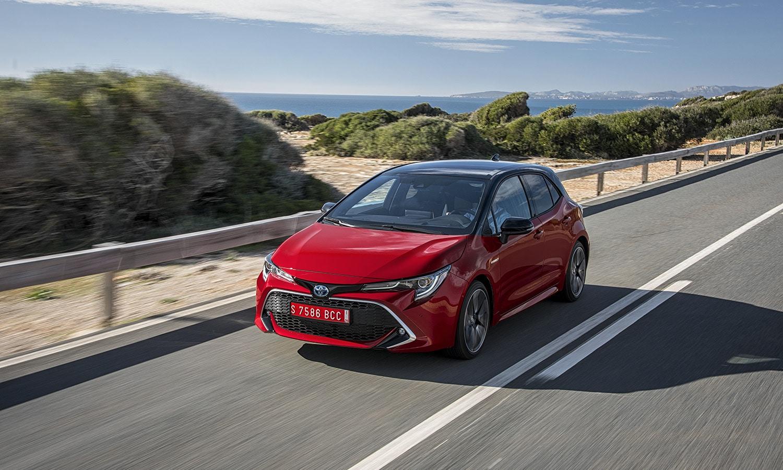 Toyota Corolla 5 puertas dinámica delantera