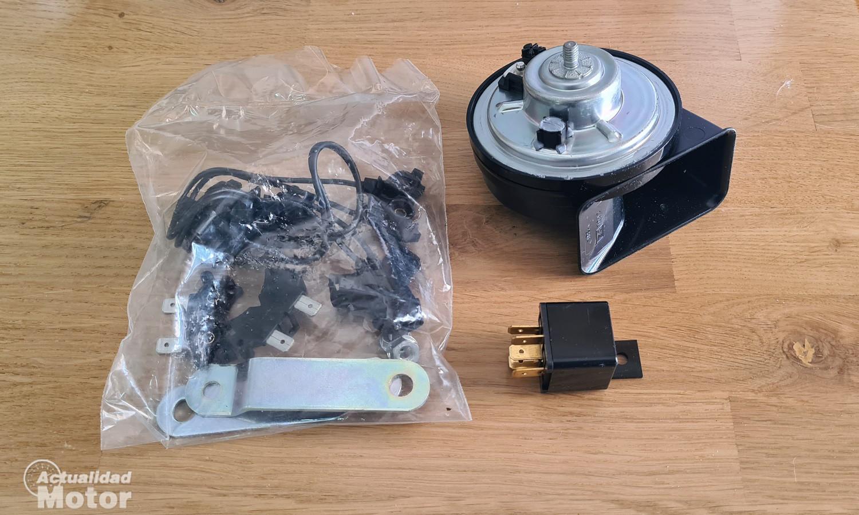 Una bocina de coche y sus componentes