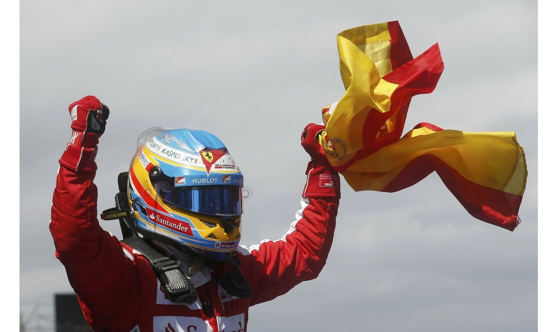 Fernando Alonso Ferrari F1 Bandera de España