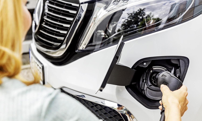 Mercedes EQV carga
