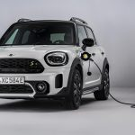 MINI Countryman cargando