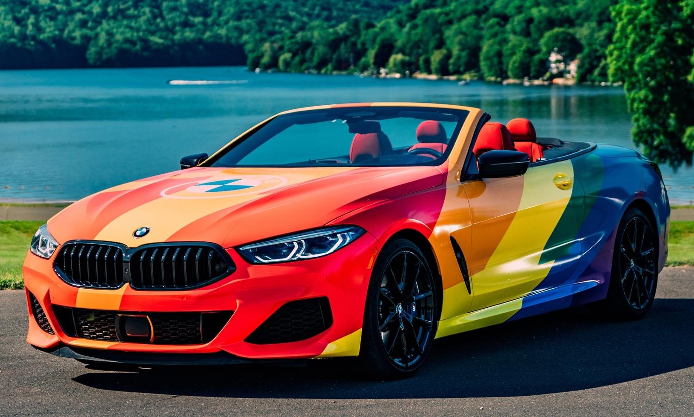 BMW Serie 8 Rainbow LGBTQ+ Pride