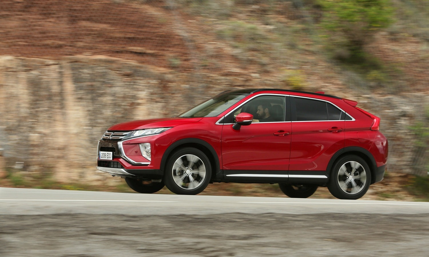 Mitsubishi Eclipse Cross 2018 side