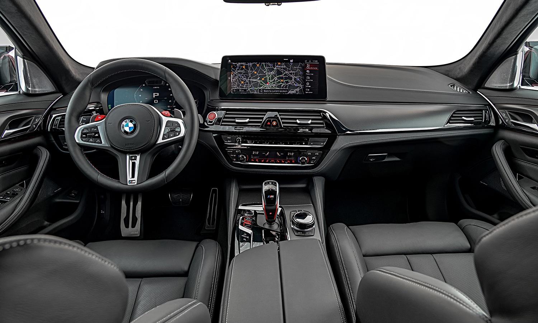BMW M5 2020 salpicadero