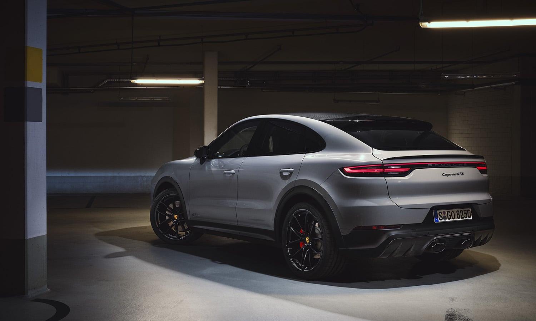 Porsche Cayenne Coupé GTS perfil trasero