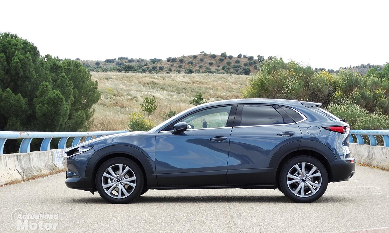 Prueba Mazda CX-30 lateral