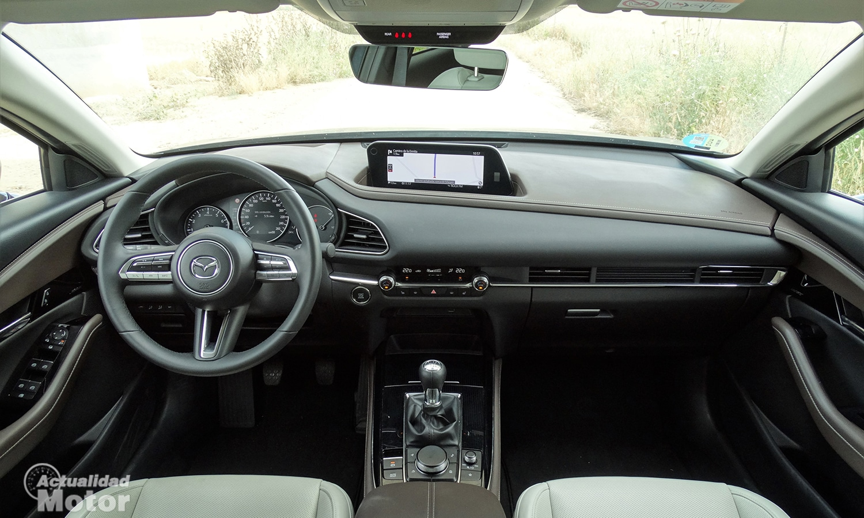 Prueba Mazda CX-30 salpicadero