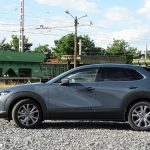 Mazda CX30 lateral