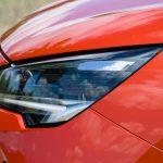 Faros del Opel Corsa