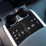 Toyota Camry Luxury pantalla trasera reglaje asientos