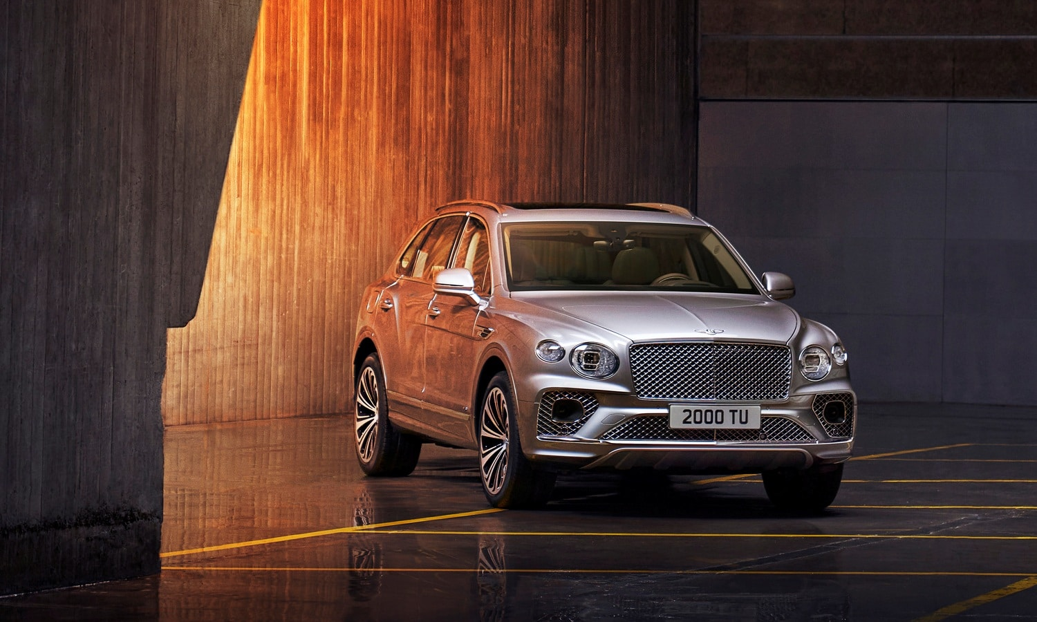 Bentley Bentayga 2021 - Hallmark