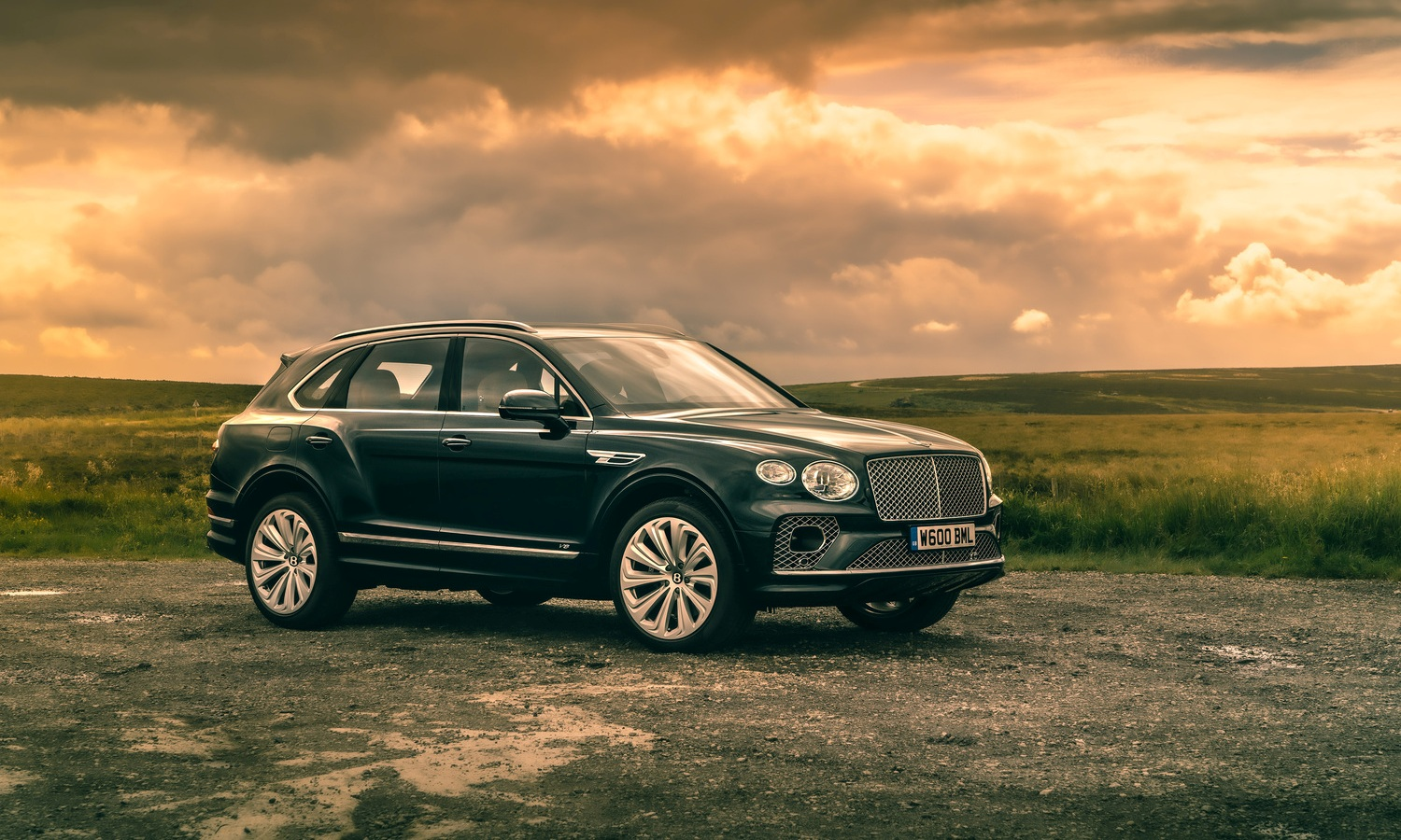 Bentley Bentayga Four Seat Comfort Spec - 6