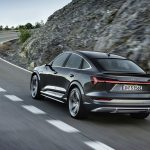 Audi e-tron S Sportback dinámica trasera
