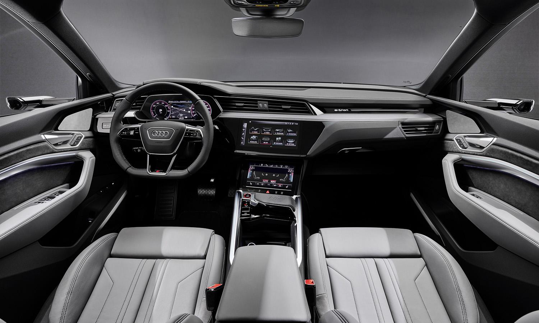 Audi e-tron S Sportback interior