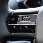 Botones izquierda del volante del DS 3 Crossback E-Tense