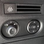 Controles tras el volante del DS 3 Crossback