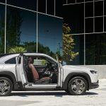 Mazda MX-30 puertas abiertas