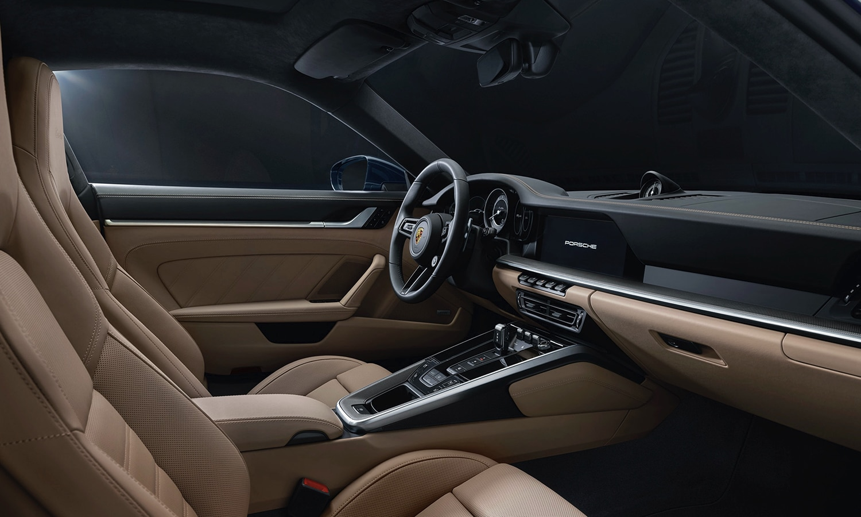 Porsche 911 Turbo 992 interior