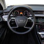 Prueba Audi A8 60 TFSIe volante