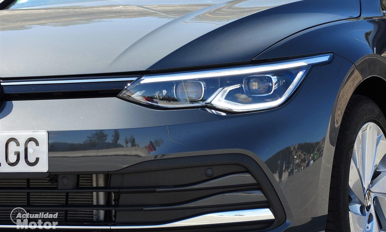 Prueba Volkswagen Golf 8 faros LED IQ Light