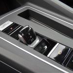 Prueba Volkswagen Golf 8 palanca cambios DSG