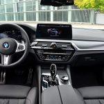 BMW 545e interior