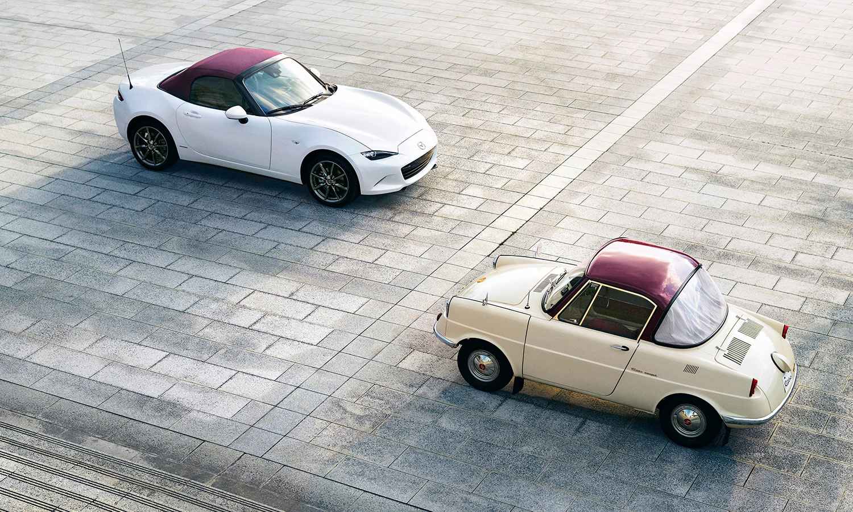 Mazda MX-5 y Mazda R360 Coupe