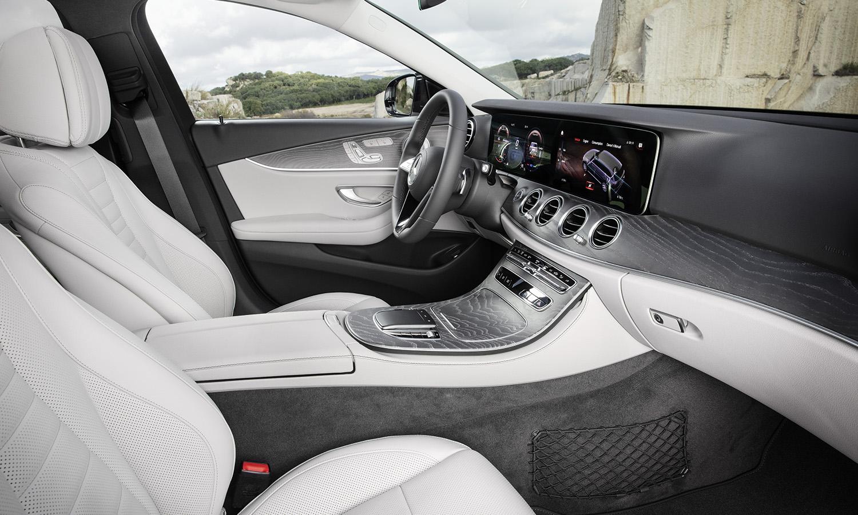 Mercedes Clase E asientos delanteros