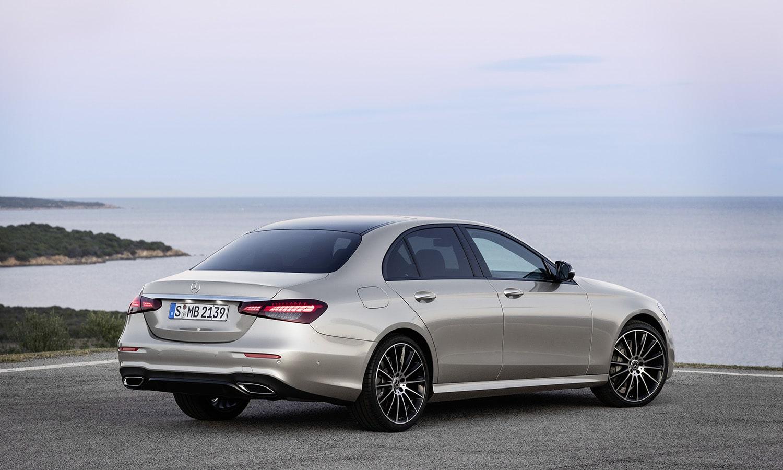 Mercedes Clase E perfil trasero