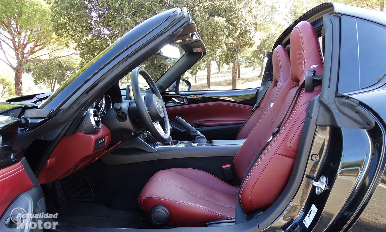 Prueba Mazda MX-5 RF 184 CV espacio